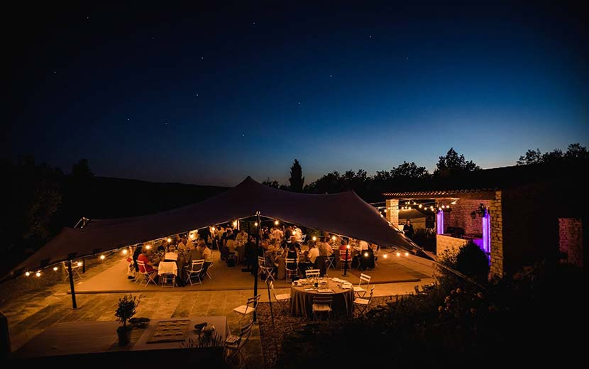 Tente Stretch location de tente de reception mariage soirée Vaucluse Luberon Provence STEEL ADDICT